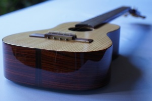 Guitarrilla_High-end-Zepeda_11