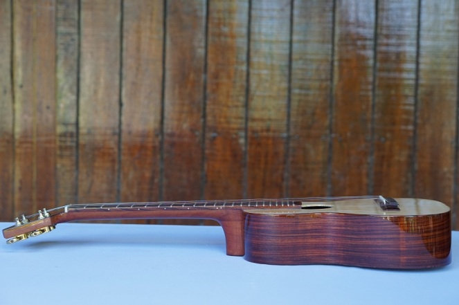Guitarrilla_High-end-Zepeda_6