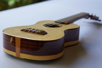 Ukulele_High-end_Zepeda5